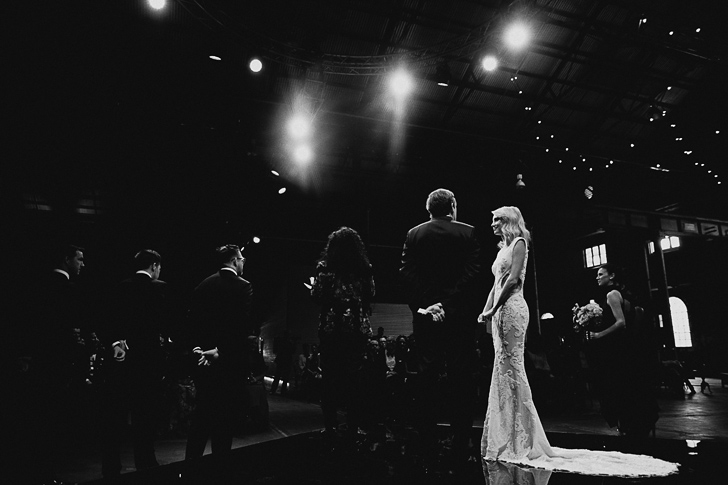 carriageworks_wedding_dan_oday_claire_oliver_australian_wedding_photographers_dan_oday_vogueweddings_vogue_carriageworks_weddings_sydney_092