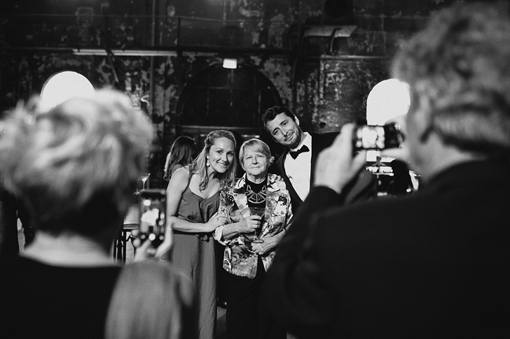 carriageworks_wedding_dan_oday_claire_oliver_australian_wedding_photographers_dan_oday_vogueweddings_vogue_carriageworks_weddings_sydney_122