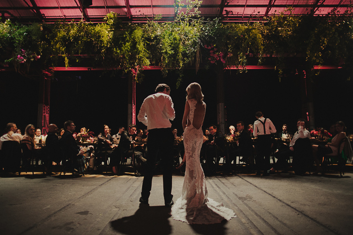 carriageworks_wedding_dan_oday_claire_oliver_australian_wedding_photographers_dan_oday_vogueweddings_vogue_carriageworks_weddings_sydney_carriageworks_sydney_011